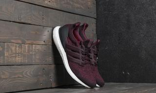 adidas Running - adidas UltraBoost Dark Burgundy/ Core Black