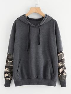 SheIn - Camouflage Print Contrast Kangaroo Pocket Sweatshirt