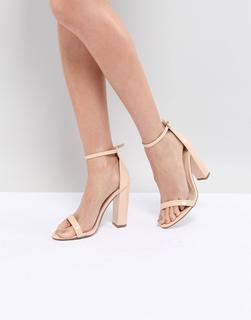 Missguided - Minimalistische Sandalen in Nude mit Blockabsatz-Beige