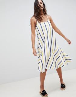 ASOS DESIGN - Gestreiftes Midi-Sommerkleid mit ausgestellter Trapezform und Schnürung hinten-Mehrfarbig