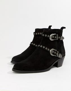 ASOS DESIGN - cuban heel boots in black suede with silver western buckles