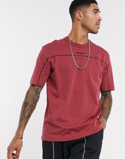 adidas Originals - RYV – Rotes T-Shirt mit mittigem Logo