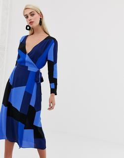 Vero Moda - Wickelkleid mit Farbblockdesign - Mehrfarbig