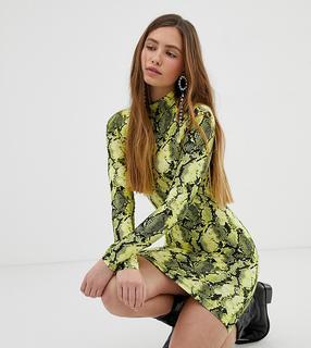 Bershka - Jersey-Schlauchkleid in Neon mit Schlangenmuster bedruckt - Grün