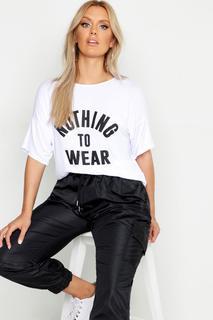 "boohoo - Plus T-Shirt mit Slogan ""nothing to wear"""