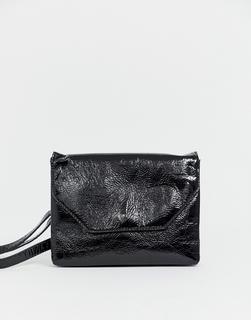 Monki - patent cross body bag