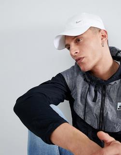 Nike - metal swoosh cap in white