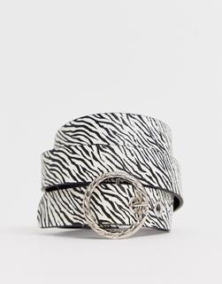 French Connection - zebra print belt