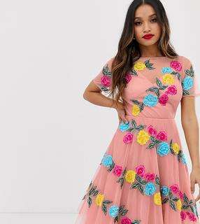 Dolly & Delicious Petite - Rosa Midi-Ballkleid durchgehend mit Blumen besetzt - Rosa