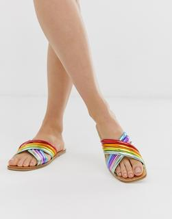 ASOS DESIGN - Falsetto - Flache Sandalen mit gekreuzten Riemen und Regenbogendesign - Mehrfarbig