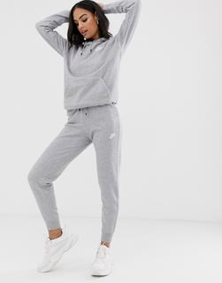 Nike - grey essentials slim joggers