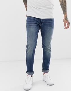 G-Star - 3301 – Schmale Jeans in Medium-Aged-Waschung-Blau