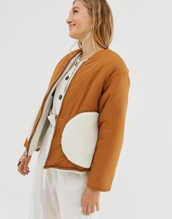 Monki - REVERSIBLE short zip through jacket in dusty white and beige