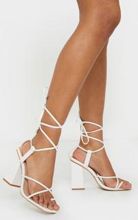PrettyLittleThing - White Wide Fit Toe Loop Ankle Tie Chunky Block Heel Sandals, White