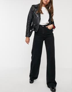 Levis - Ribcage– Schwarze Jeans mit weiten Beinen