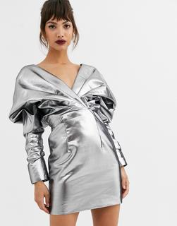 ASOS Edition - Cocktail-Kleid mit auffälliger Schulterpartie und Metalllic-Optik-Silber