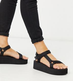 Truffle Collection - Wide Fit – Sportliche, schwarze Sandalen mit Plateausohle