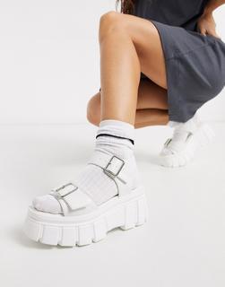Truffle Collection - Weiße Sandalen mit dicker Flatformsohle