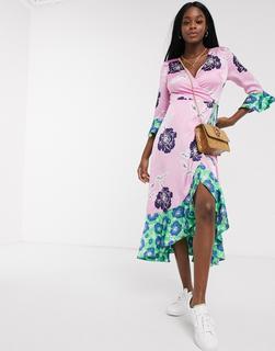 Liquorish - Geblümtes Oversize-Wickelkleid mit kontrastierendem Saum, in Pink und Grün-Rosa