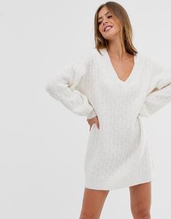 ASOS DESIGN - Mini-Pulloverkleid mit Zopfmuster und V-Ausschnitt-Cremeweiß