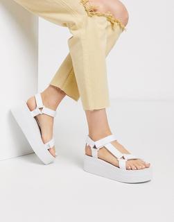 Truffle Collection - Sportliche Flatform-Sandalen in Weiß