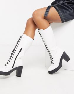 Public Desire - Aneko – Kniehohe Schnürstiefel mit dicker Sohle in Weiß