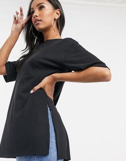 ASOS DESIGN - Locker geschnittenes, langes, geripptes T-Shirt in Schwarz mit Seitenschlitzen