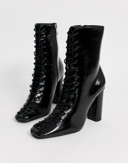 Glamorous - Ankle-Boots zum Schnüren in Schwarz lackiert