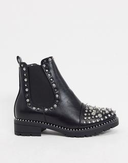 Truffle Collection - Flache Ankle-Boots mit Nieten in Schwarz
