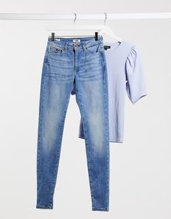 Tommy Jeans - Sylvia – Enge Jeans mit hoher Taille in Mittelblau