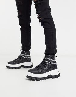 ASOS Edition - Hohe Glitzer-Sneaker mit Kettendetail und profilierter Sohle in Schwarz