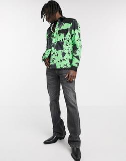 ASOS DESIGN - Grüne Hemdjacke mit Kuhmuster und Besatz aus Wildlederimitat