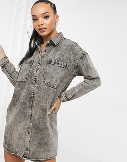 Missguided - Übergroßes Denim-Hemdkleid in grauer Acidwaschung-Schwarz