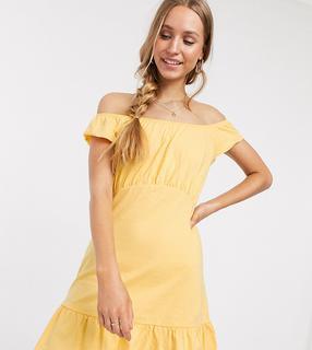 ASOS Tall - ASOS DESIGN Tall – Schulterfreies Mini-Sommerkleid mit Schößchensaum in Buttermilchgelb