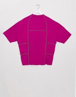 ASOS DESIGN - T-Shirt mit monochromer Paspelierung in Rosa