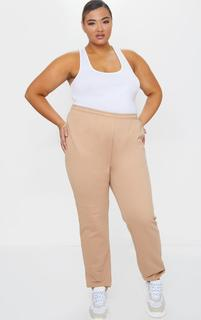 PrettyLittleThing - Plus Camel Casual Jogger, Camel