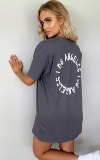 PrettyLittleThing - Charcoal La Oversized T Shirt, Grey