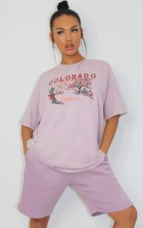 PrettyLittleThing - Mauve Colorado Logo Oversized T Shirt, Purple