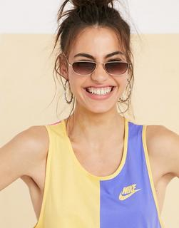 Nike - Trägershirt in Blockfarben-Mehrfarbig