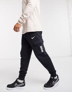 Nike - Swoosh On Tour Pack – Cargo-Jogginghose mit Bündchen in Schwarz