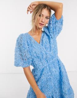 Vero Moda - Strukturiertes Minikleid in Blau mit Puffärmeln