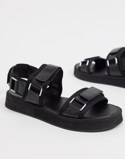 Missguided - Sandalen mit Schnallen in Schwarz