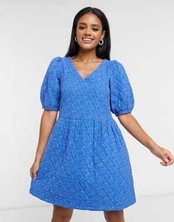 Vero Moda - Gestepptes Hängerkleid mit Puffärmeln in Blau mit Ditsey-Muster-Mehrfarbig
