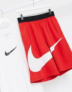 Nike Basketball - Shorts mit großem Swoosh-Logo in Rot