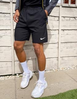 Nike Training - Flex – Shorts mit Schlitz in Schwarz