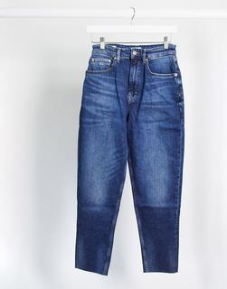 Tommy Jeans - Mom-Jeans in Indigo-Blau