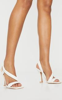 PrettyLittleThing - White Square Toe Low Flare Heel Sandals, White