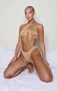 PrettyLittleThing - Mocha Cross Over Halterneck Bikini Top, Sand