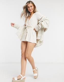 In The Style - x BillieFaiers – Kurzer, elastischer Loungewear-Jumpsuit inEcru-Beige