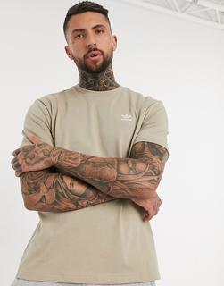 adidas Originals - T-Shirt mit Kleeblatt und Aufdruck hinten in Beige-Grün